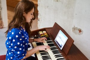 Kickstart your keyboard: songs for piano beginners